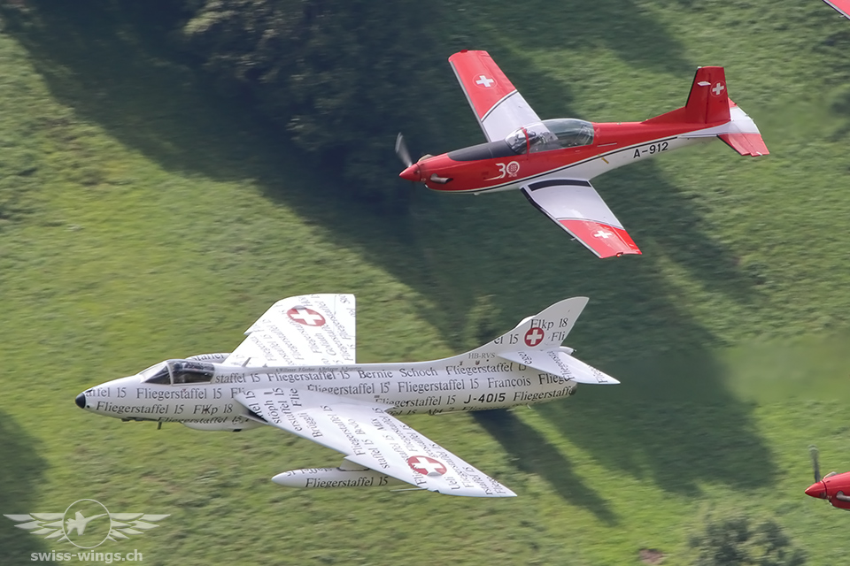HB-RVS / J-4040 & PC-7 Team